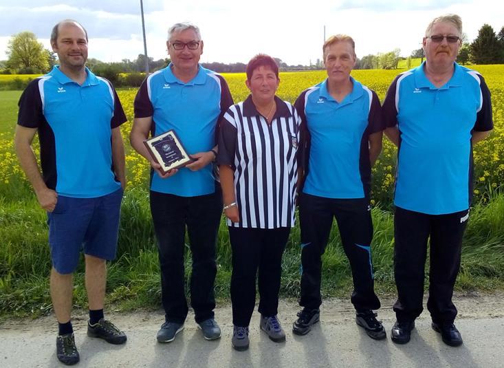 Meistermannschaft des SSV Moosinning Eichenried Sieger der D Klasse