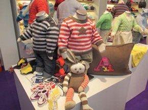 knitting needles/ knitting/cross stitch/maidenhead/windsor/sewing accessories/