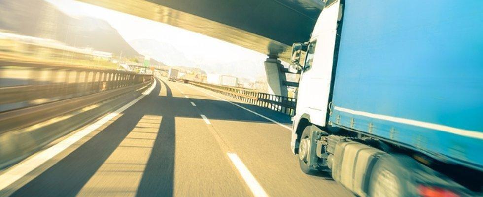 trasporto con camion telonati