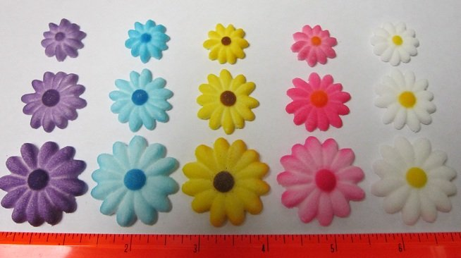 Daisies Assortment Sugar Flowers