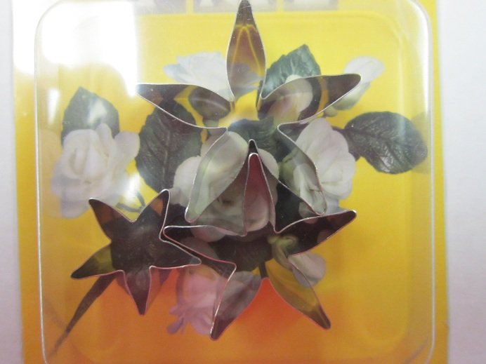 Fondant & Gumpaste Flower Cutters   Delicious Creations near Chicago in Hickory Hills, IL