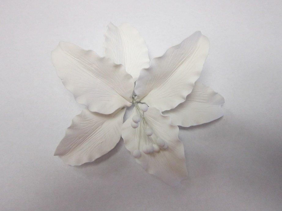 White Lily Gumpaste Flower