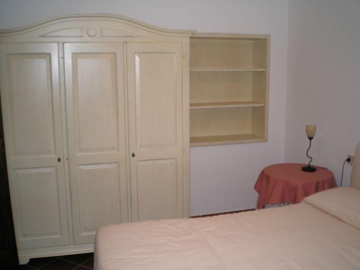 camera da letto in arte povera