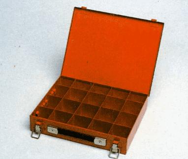 Cassetta con divisori estraibili