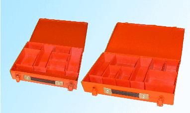 Cassetta con vaschette in plastica