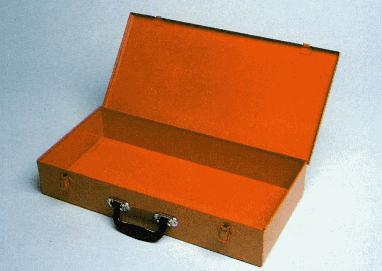 Cassetta vuota con maniglia curva in plastica