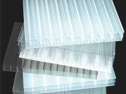 Plastica trasparente