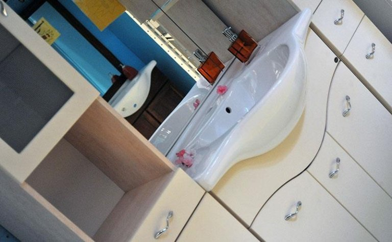 mobili e lavamani