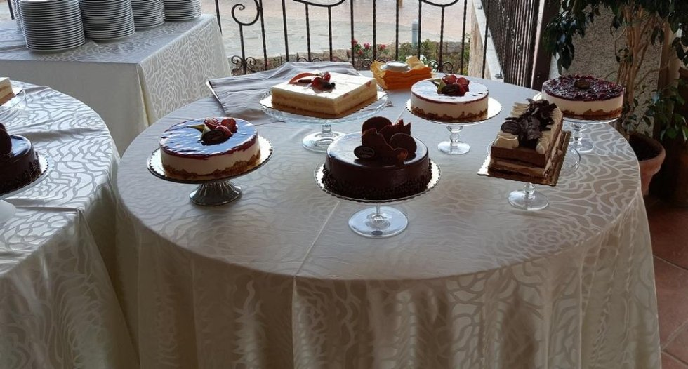 Buffet dolci banchetto San Teodoro