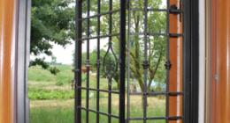 inferriate fisse, lavorazione del ferro battuto per arredamento, prodotti di carpenteria metallica