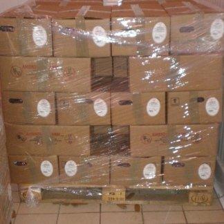 delle scatole imballate