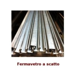 Fermavetro a scatto