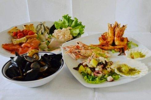 piatti di frutti di mare