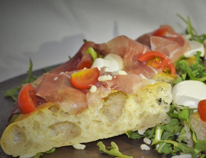 Fetta di pizza e focacce