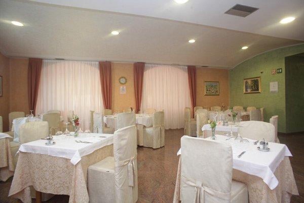Sala del Ristorante Pizzeria La Capanna a Castiglione Delle Stiviere