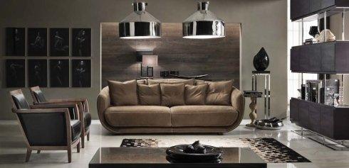 vista frontale di un divano marrone