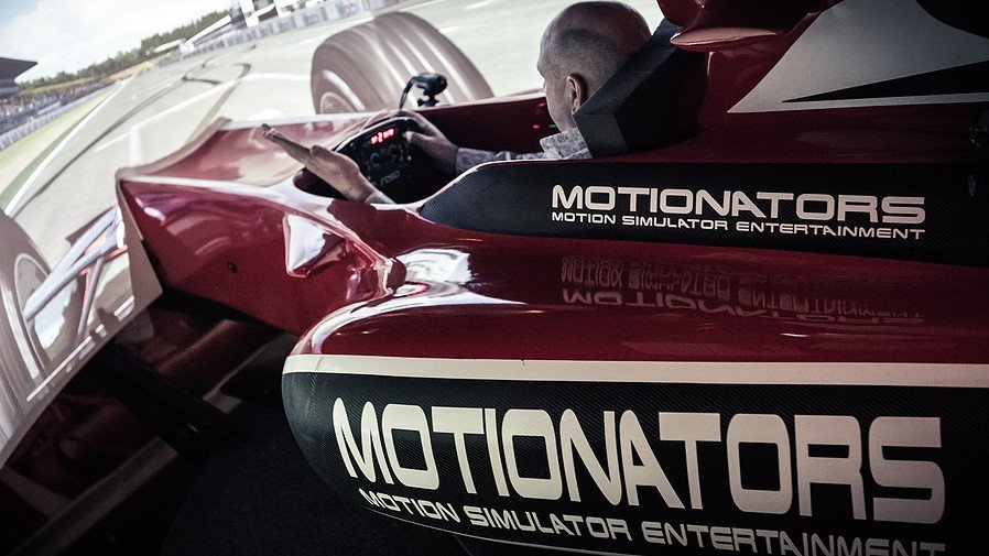 Formula 1 racing car motion simulator melbourne