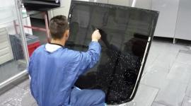 applicazione pellicola oscurante, vetri oscurati, cristalli auto
