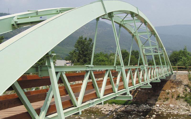 ponte in metallo