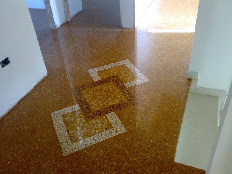 Inserto pavimento mosaico