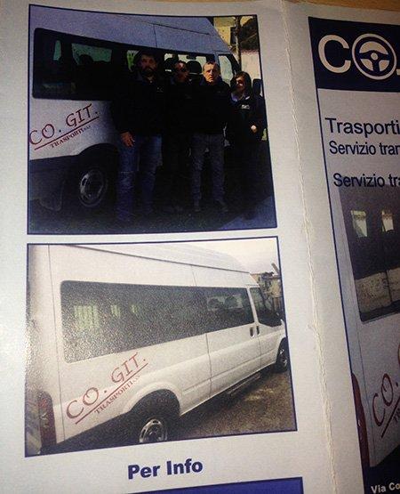 una pagina di una rivista con due foto che ritraggono un piccolo pullman bianco con scritto CO.GIT Trasporti e delle persone vicino
