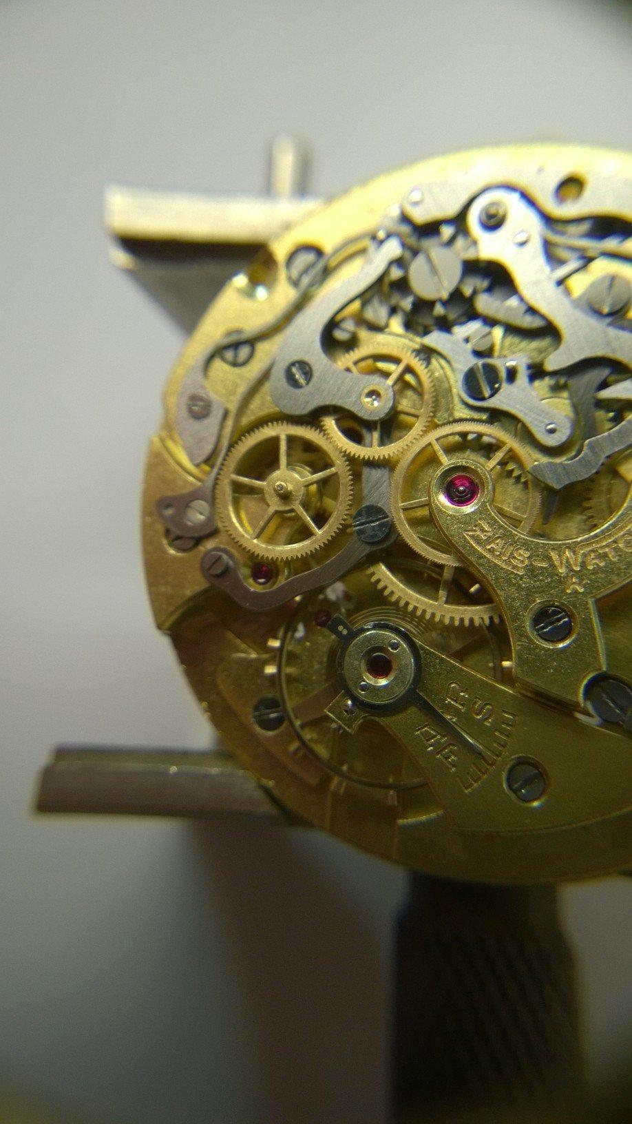 Interior mechanism of a watch