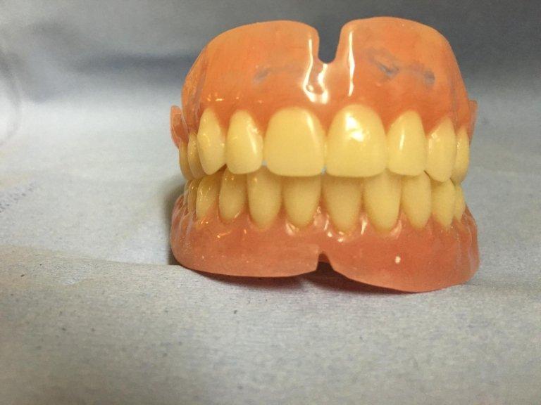 protesti dentarie