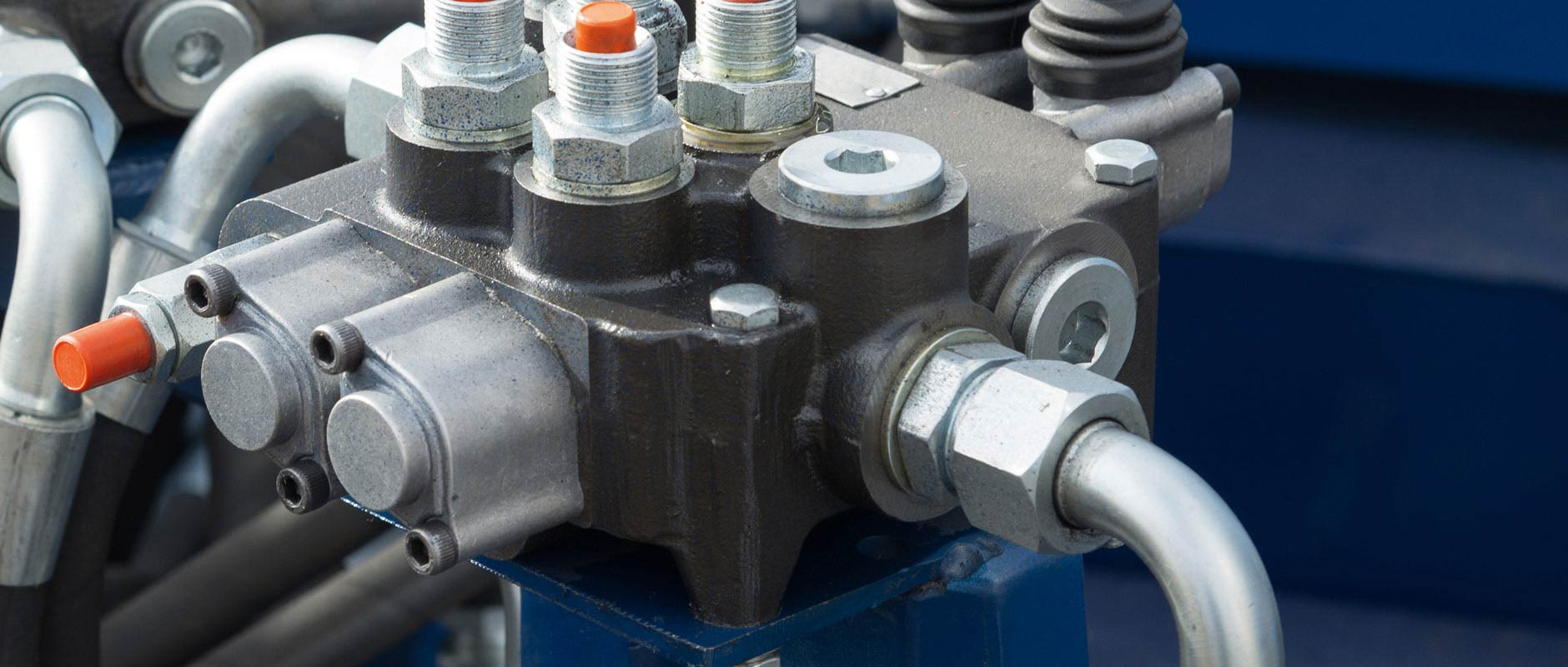 applied hydraulic solutions hydraulic tubes fittings and levers on control panel