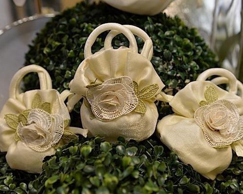 Bomboniere con fiore