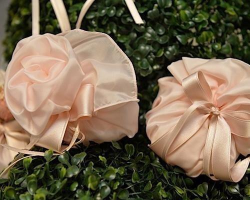 Bomboniere con chiusura a forma di fiore