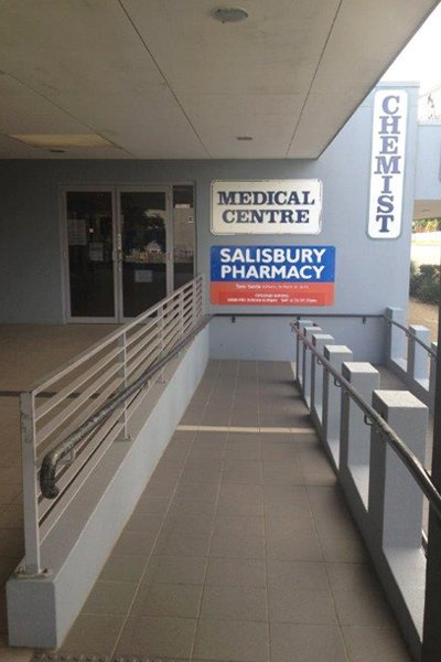 salisbury medical centre entrance pathway