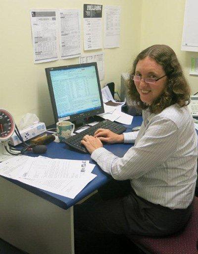 salisbury medical centre doctor entering data