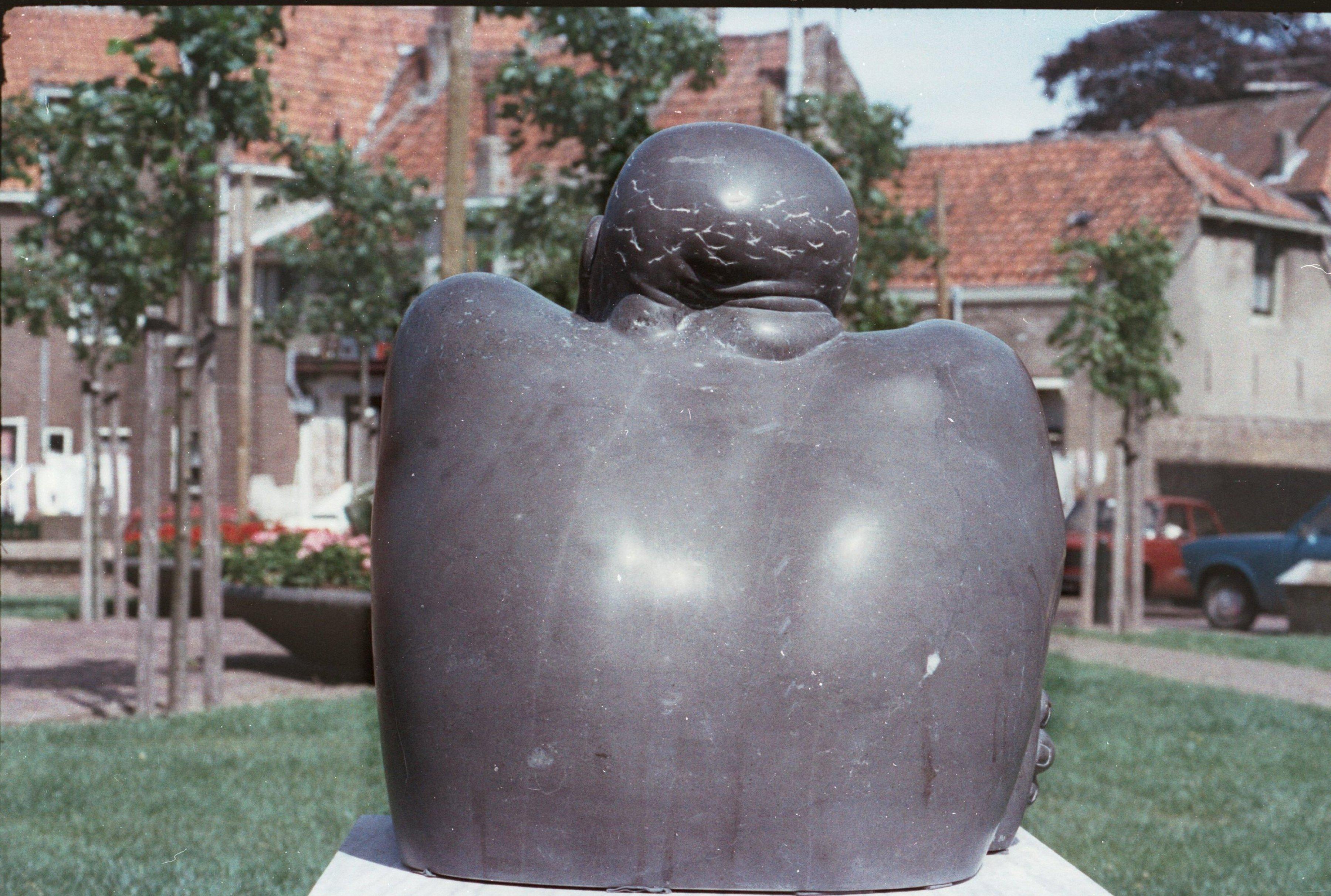 Cycloop (1980, marmer, in bezit van Museum Beelden aan Zee)