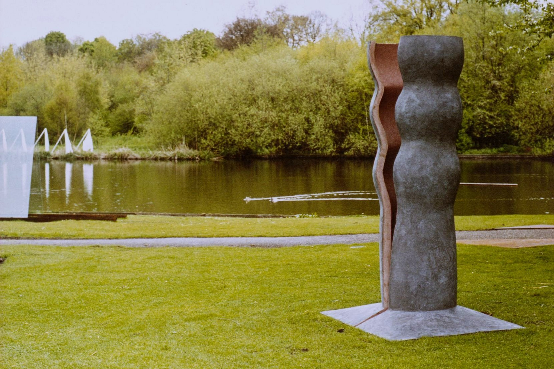 Twee delen (1999, beton)