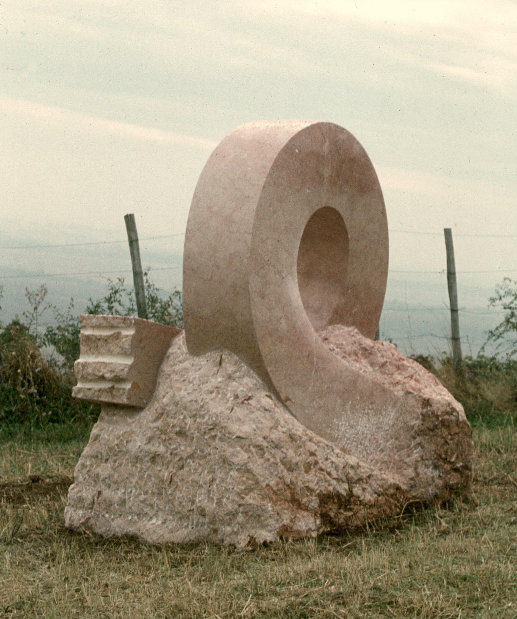 Cosmic Movement (1985, marmer, Hongarije)