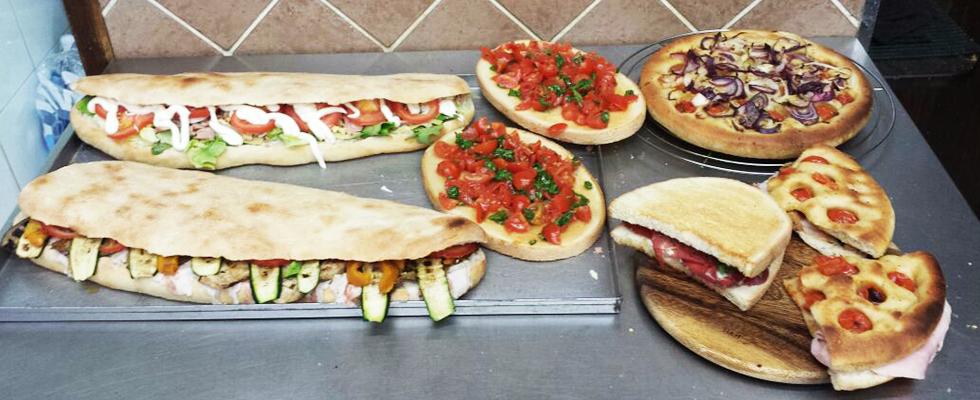 pizze,bruschette e panini farciti