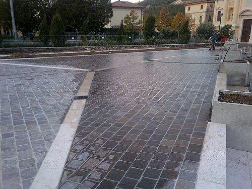 Piazza di Volargne (005)