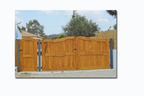 cancelli in legno da esterno