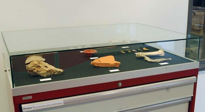 bacheca espositiva per musei archeologici