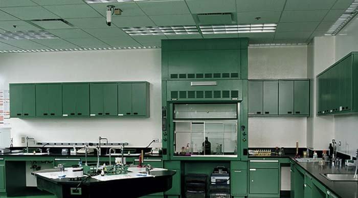 laboratorio per il restauro di reperti storici