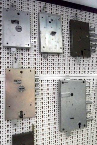 serrature con chiave a doppia mappa