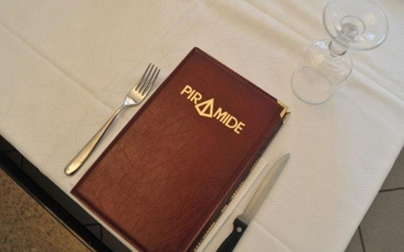 ristorante piramide novara