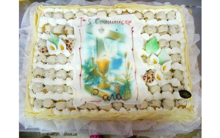 torta con bignè