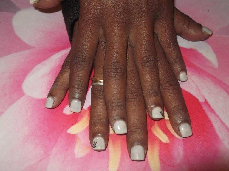 manicure sposa, manicure unghie corte, Tarquinia, Viterbo