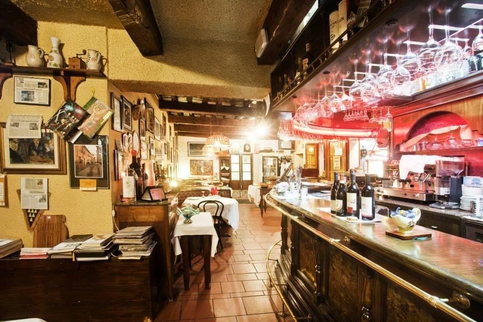 ristorante con bar