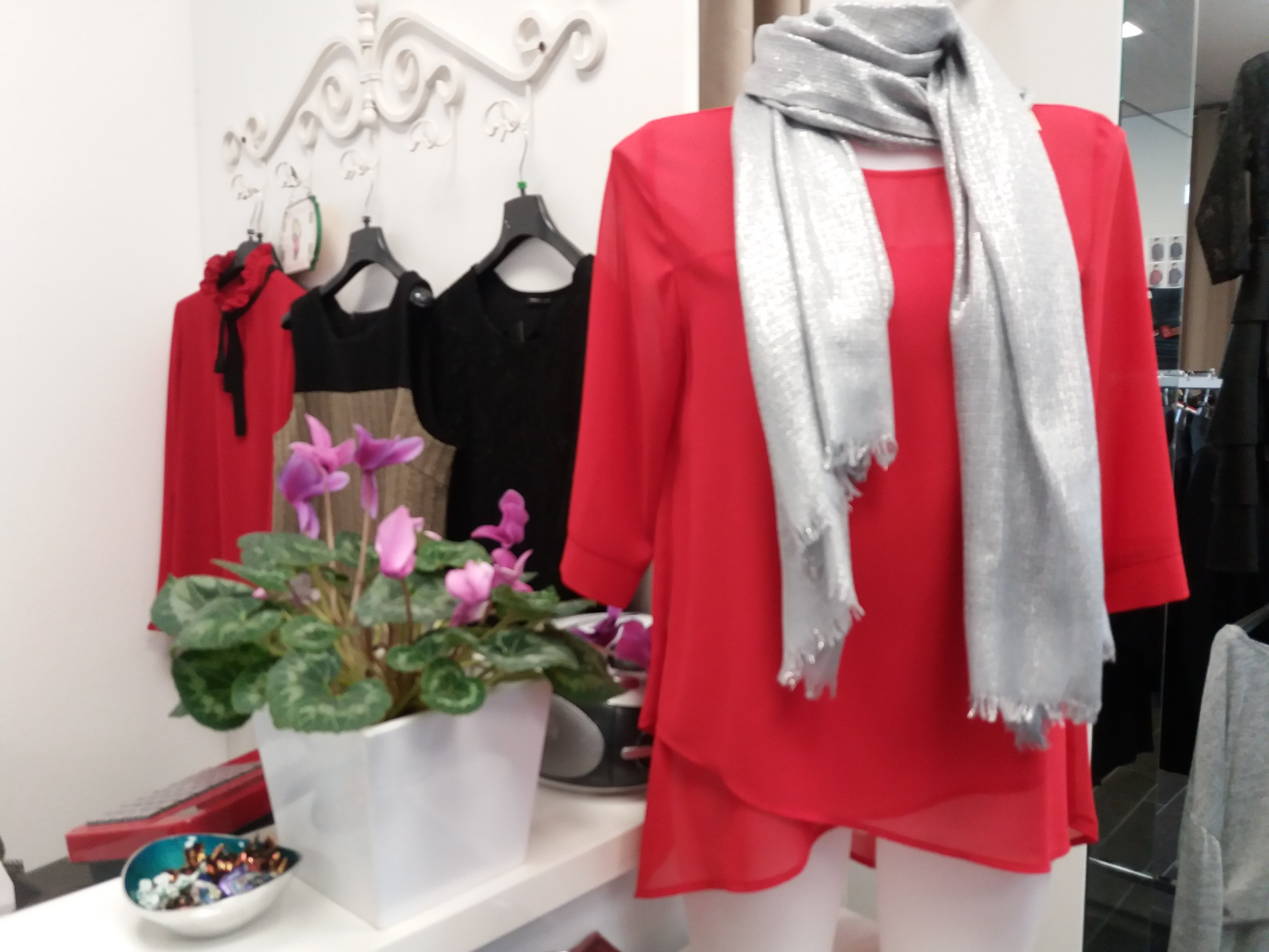 camicia rossa da donna