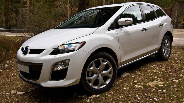 Mazda CX 7 by David Villarreal Ferna, used under CC BY-SA 2.0