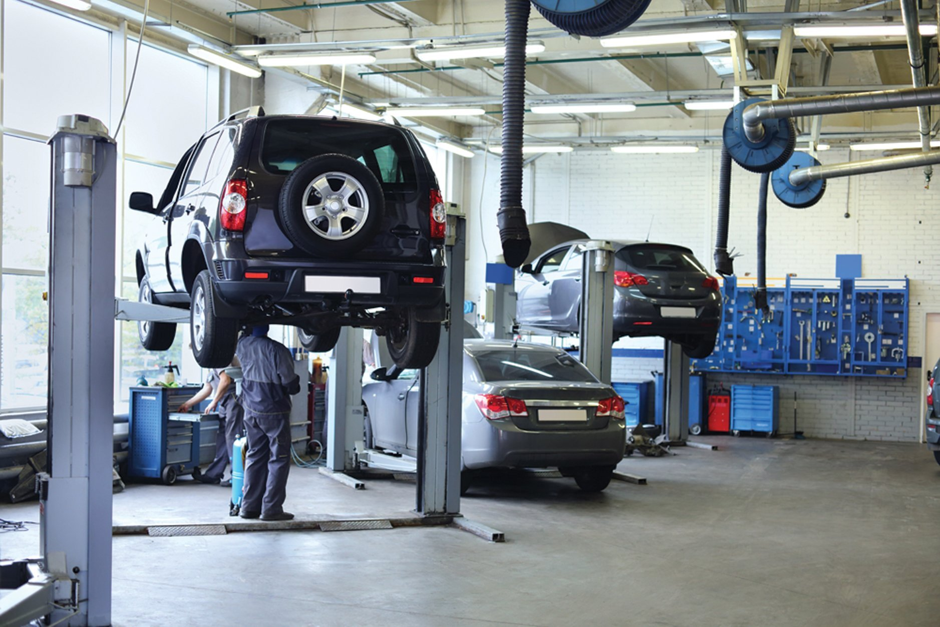 Auto repair shops near me and reviews - Logan Square Auto Repair