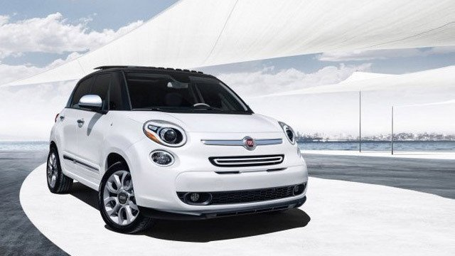 2014 Fiat 500L by German Medeot, used under CC BY-SA 2.0
