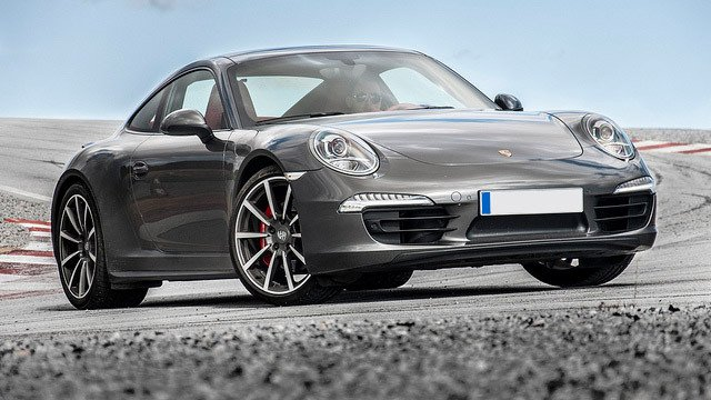 Porsche 911 Carrera 4S (991) by David Villarreal Ferna, used under CC BY-SA 2.0